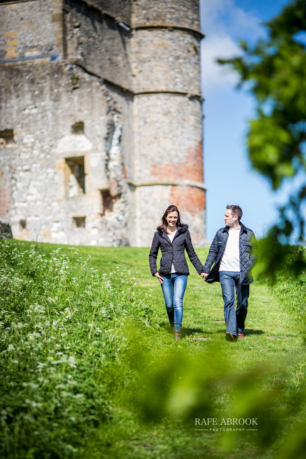 andy & eloise engagement shoot donnington castle berkshire-1071.jpg
