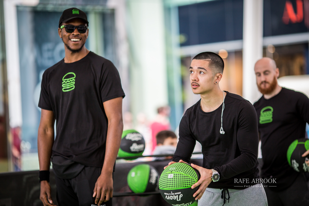 shake shack uk westfield stratford london experiential basketball-1100.jpg