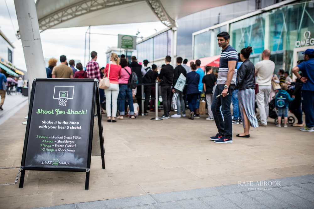 shake shack uk westfield stratford london experiential basketball-1163.jpg