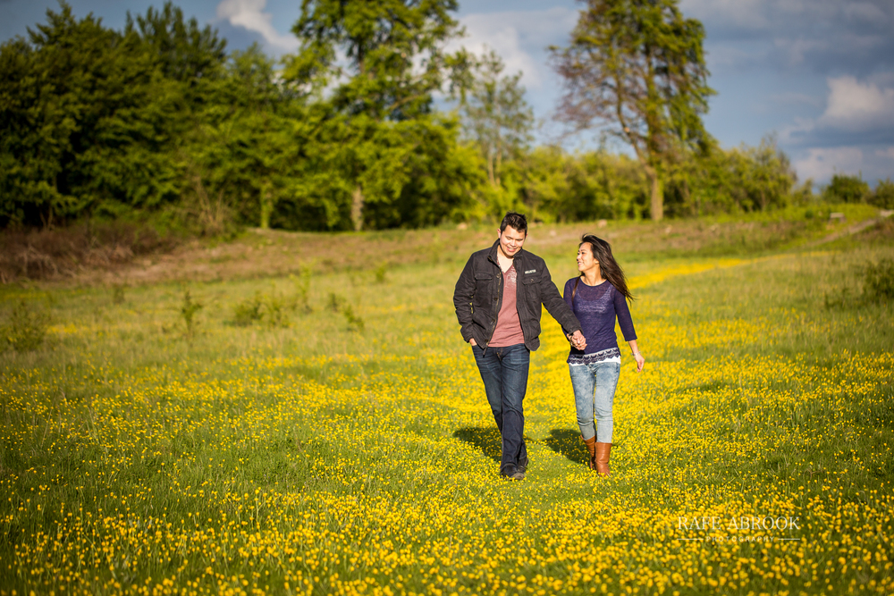kerry & will engagement shoot totternhoe knolls dunstable bedfordshire-1033.jpg