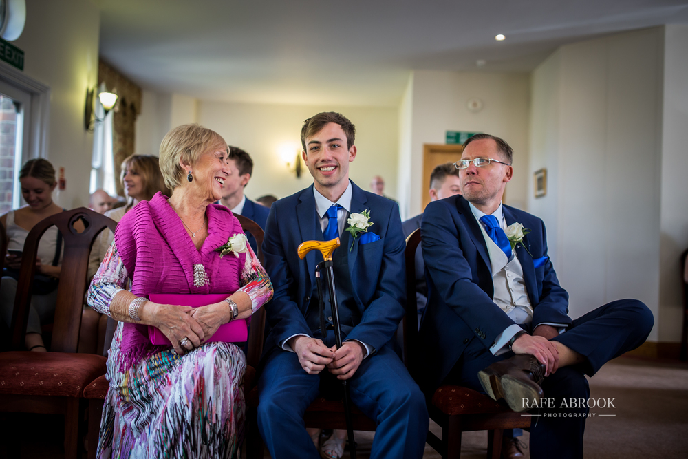 agnes & laurence wedding kings lodge hotel kings langley hertfordshire-1091.jpg