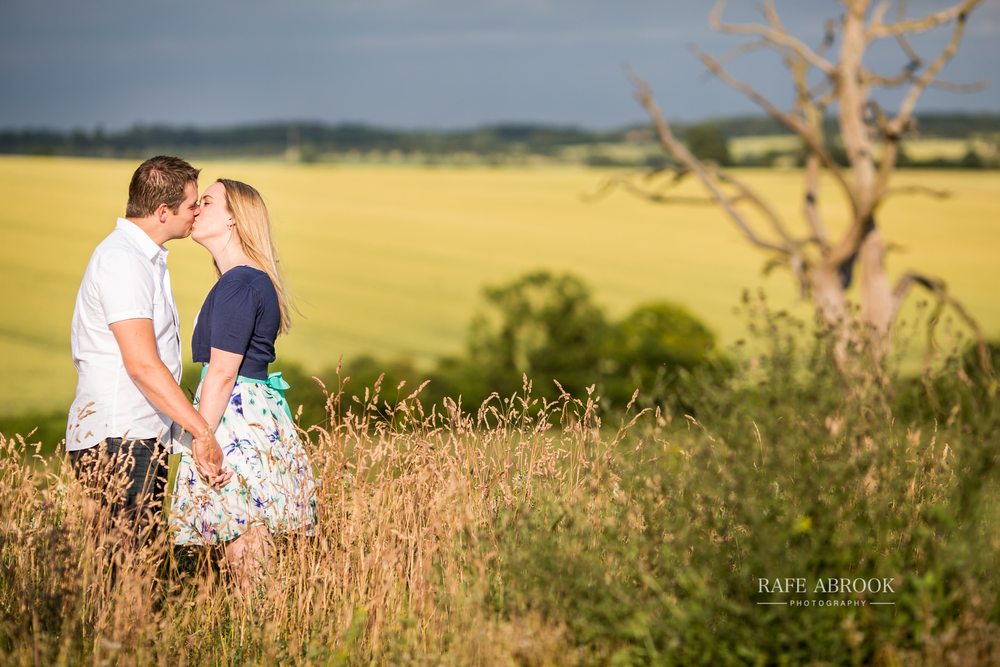 melanie & graham engagement shoot great ashby district park stevenage hertfordshire-1002.jpg