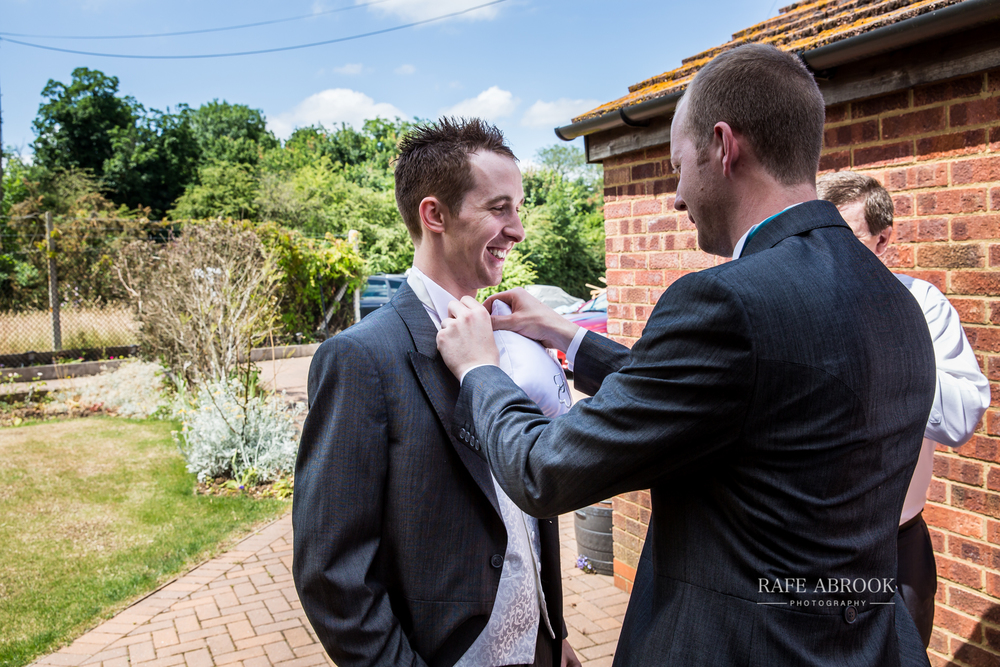 wedding photographer hertfordshire noke thistle hotel st albans -1037.jpg