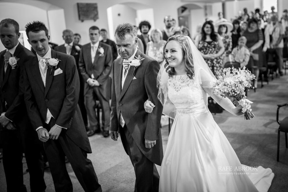 wedding photographer hertfordshire noke thistle hotel st albans -1110.jpg