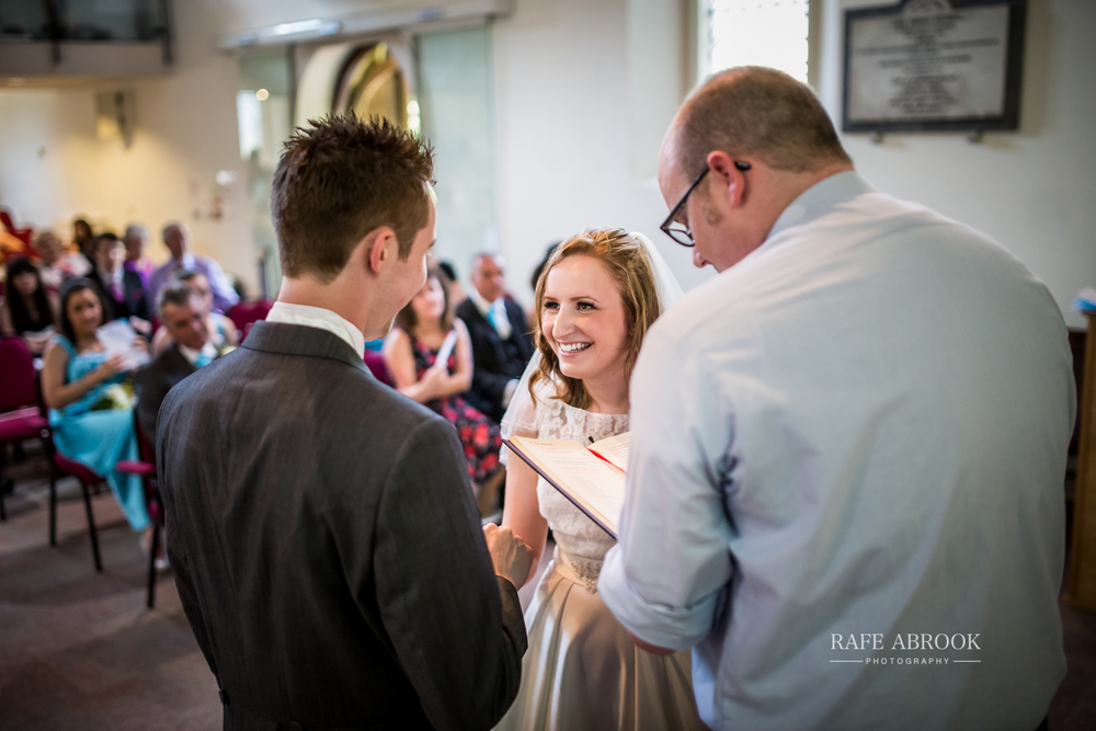 wedding photographer hertfordshire noke thistle hotel st albans -1190.jpg