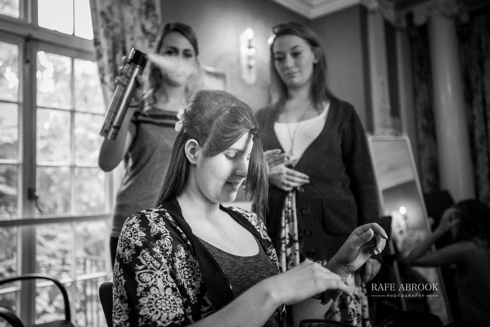 wedding photographer hertfordshire hitchin priory wedding-1013.jpg