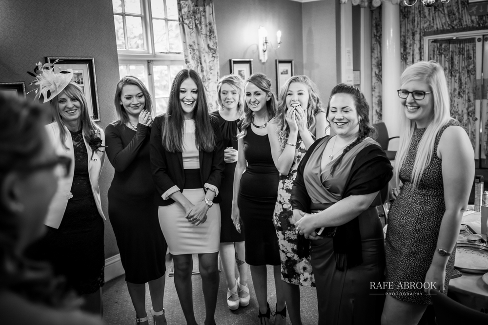 wedding photographer hertfordshire hitchin priory wedding-1028.jpg
