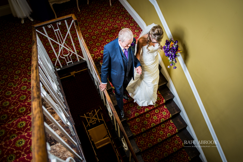 wedding photographer hertfordshire hitchin priory wedding-1032.jpg
