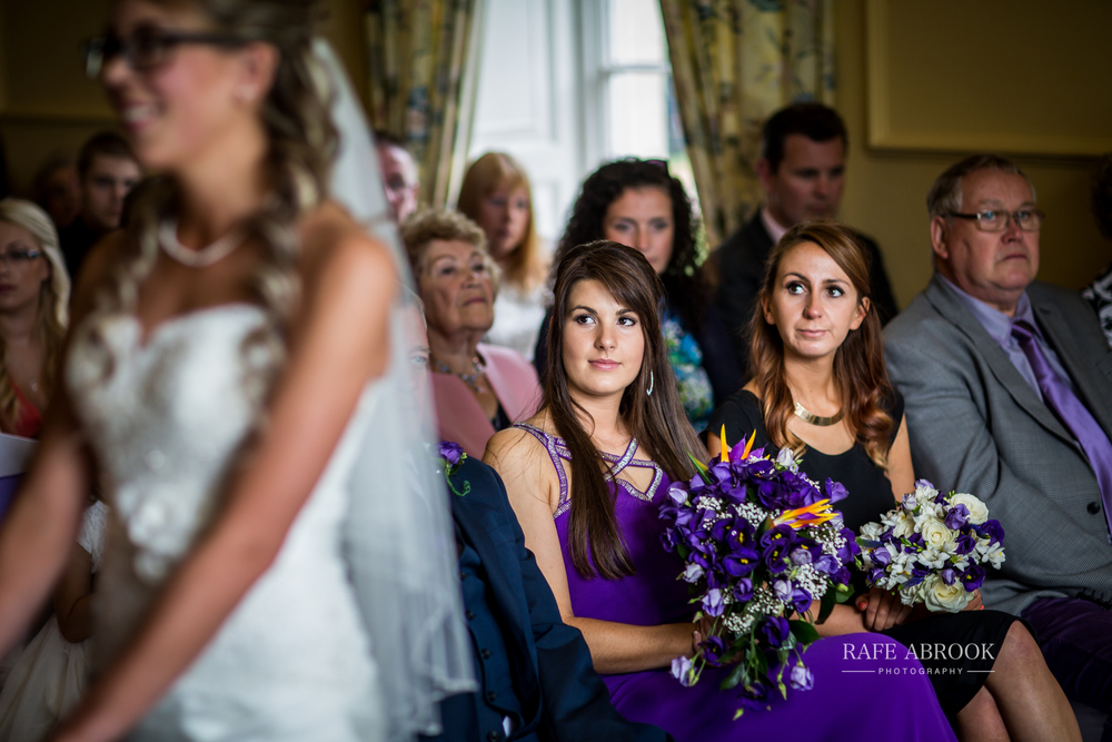 wedding photographer hertfordshire hitchin priory wedding-1039.jpg
