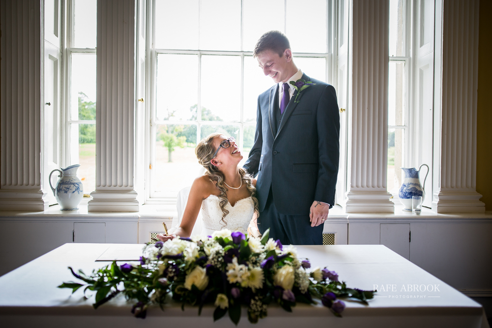 wedding photographer hertfordshire hitchin priory wedding-1049.jpg