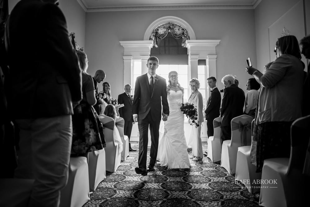 wedding photographer hertfordshire hitchin priory wedding-1051.jpg