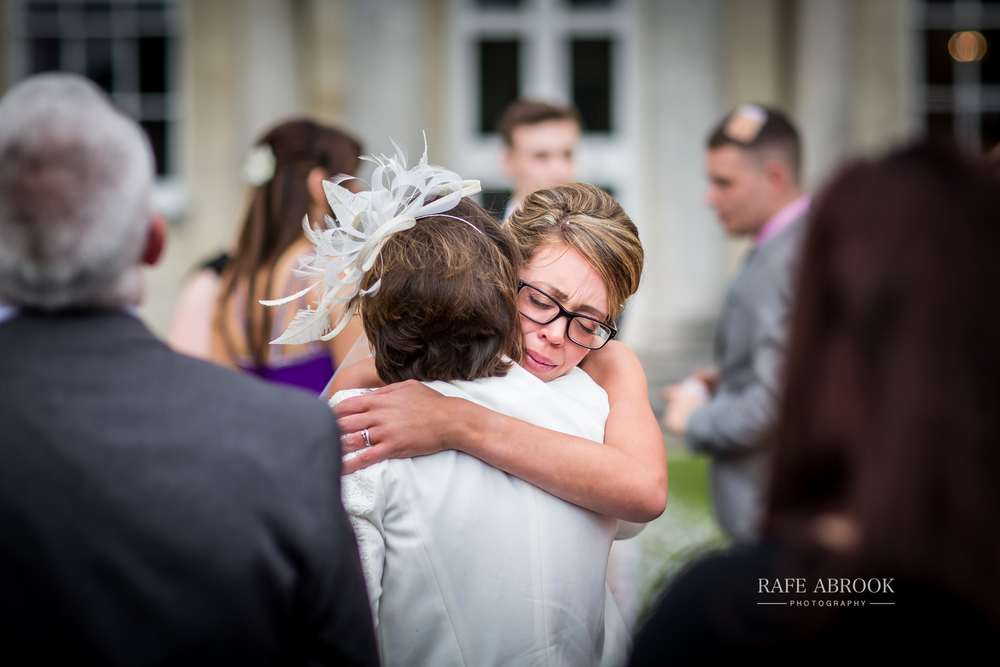 wedding photographer hertfordshire hitchin priory wedding-1057.jpg