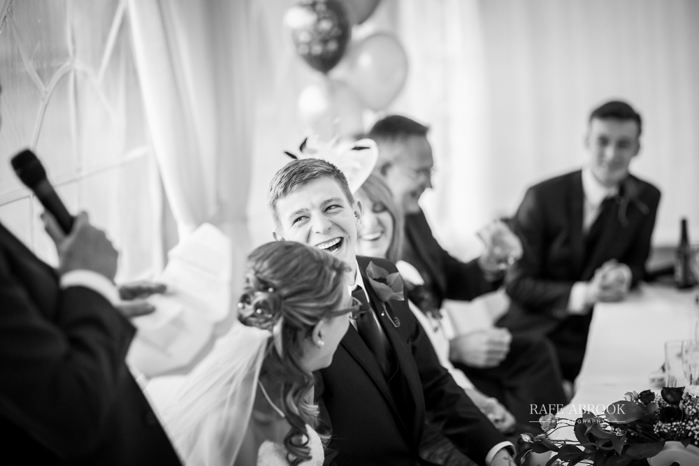 wedding photographer hertfordshire hitchin priory wedding-1075.jpg