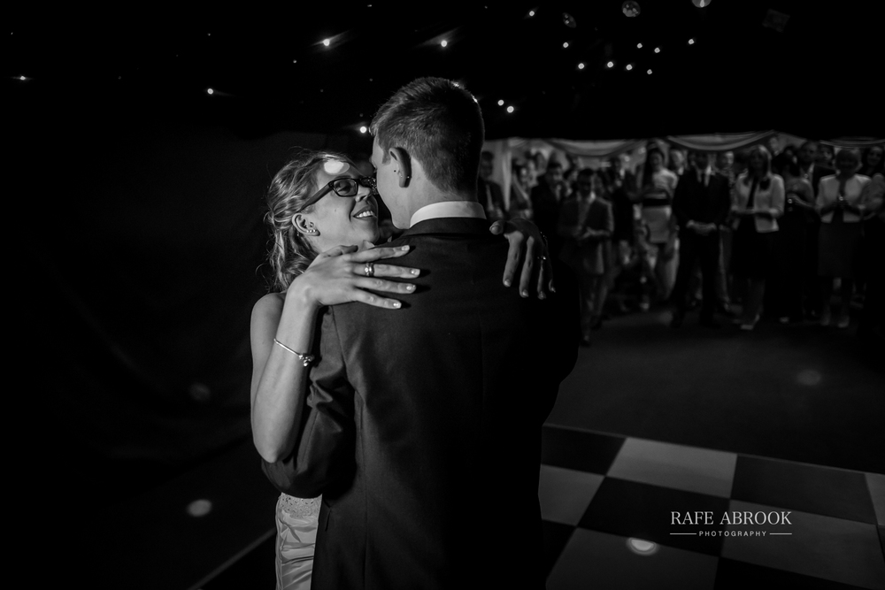 wedding photographer hertfordshire hitchin priory wedding-1090.jpg