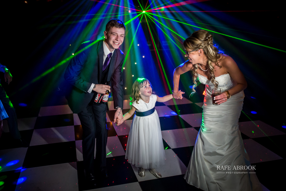 wedding photographer hertfordshire hitchin priory wedding-1093.jpg