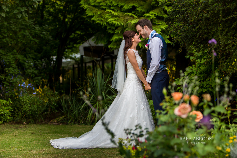 wedding photographer hertfordshire rafe abrook rectory farm cambridge-1470.jpg