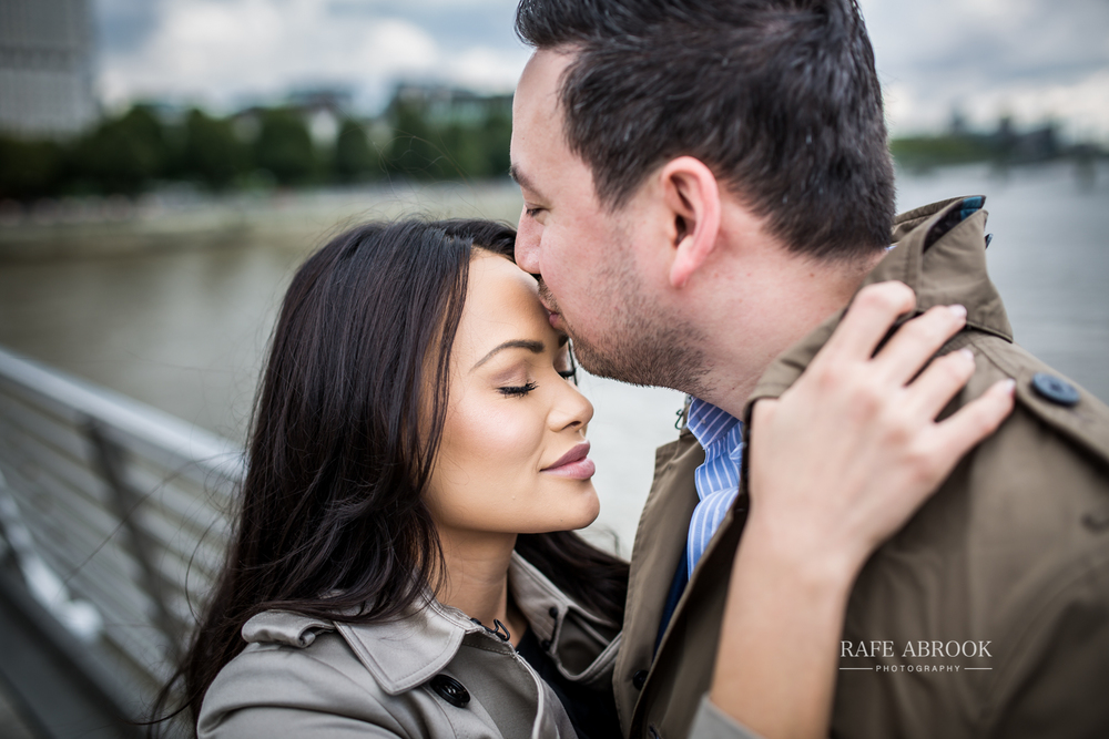 wedding photographer hertfordshire city of london southbank engagement shoot -1025.jpg