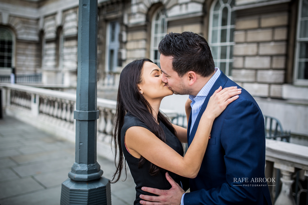 wedding photographer hertfordshire city of london southbank engagement shoot -1036.jpg
