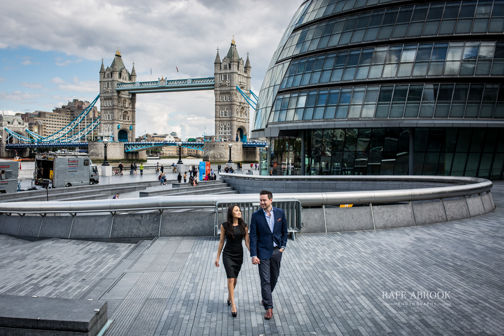 wedding photographer hertfordshire city of london southbank engagement shoot -1044.jpg