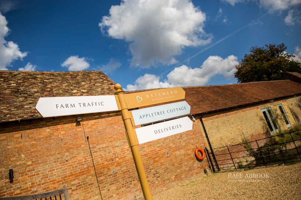 bassmead manor barns st neots cambridgeshire hertfordshire wedding photographer-1000.jpg