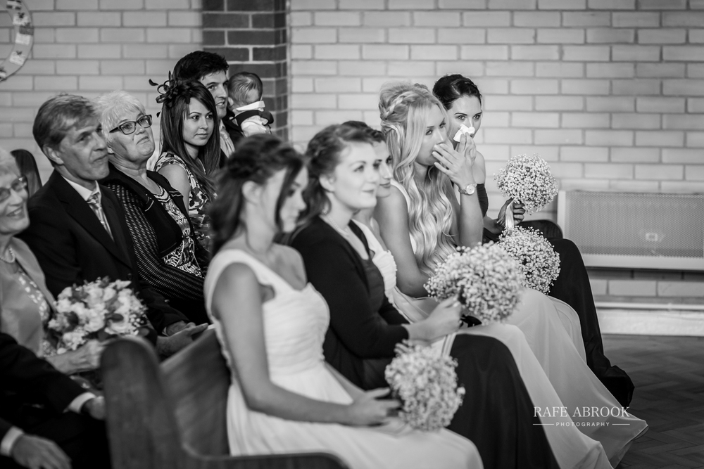 bassmead manor barns st neots cambridgeshire hertfordshire wedding photographer-1054.jpg