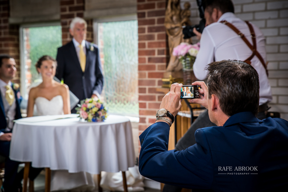 bassmead manor barns st neots cambridgeshire hertfordshire wedding photographer-1066.jpg