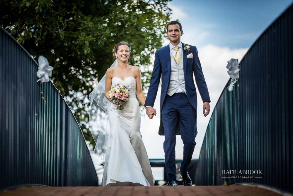 bassmead manor barns st neots cambridgeshire hertfordshire wedding photographer-1093.jpg