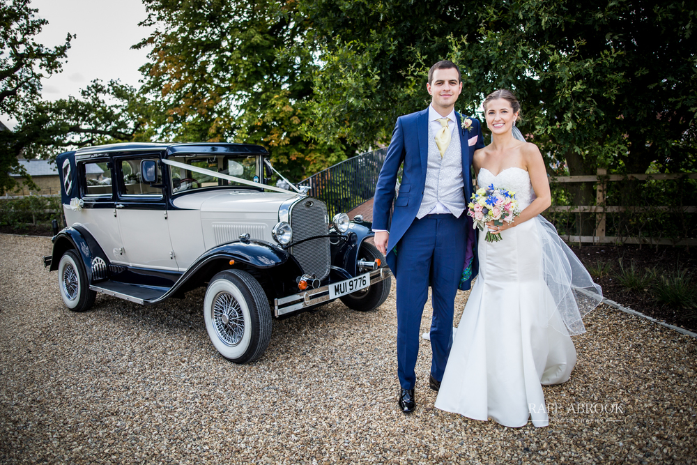 bassmead manor barns st neots cambridgeshire hertfordshire wedding photographer-1091.jpg