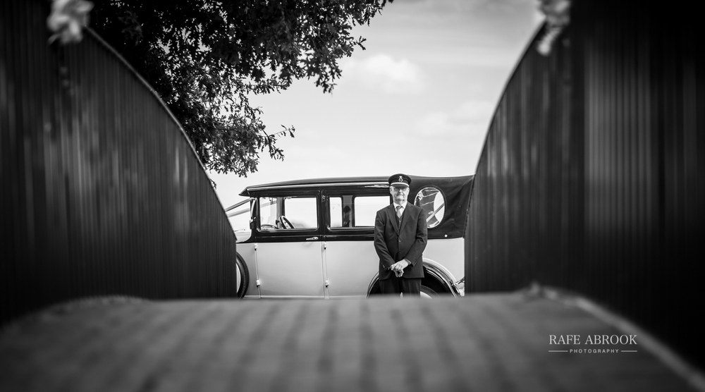 bassmead manor barns st neots cambridgeshire hertfordshire wedding photographer-1095.jpg