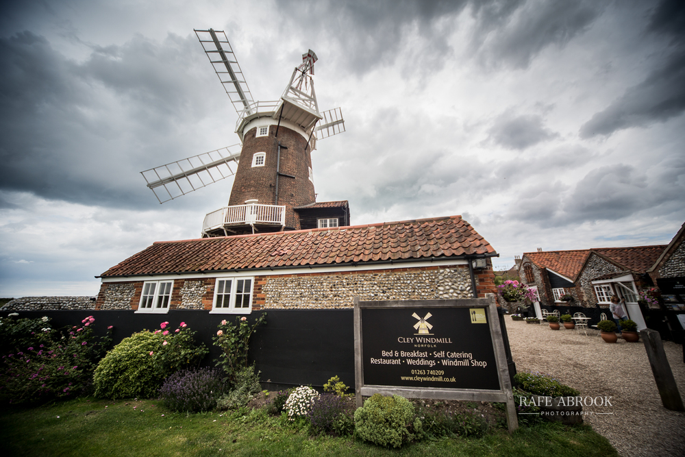 cley windmill wedding norfolk hertfordshire wedding photographer-1054.jpg