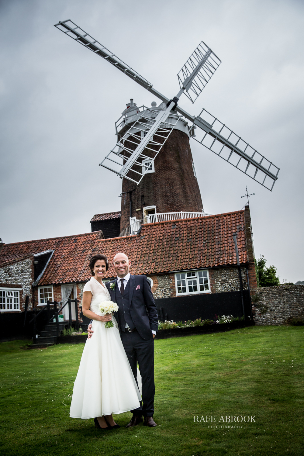 cley windmill wedding norfolk hertfordshire wedding photographer-1217.jpg