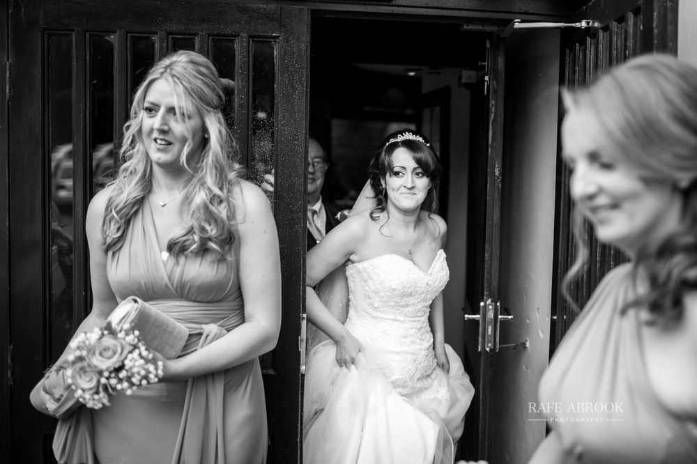 fishermans retreat ramsbottom lancashire bury hertfordshire wedding photographer-1109.jpg