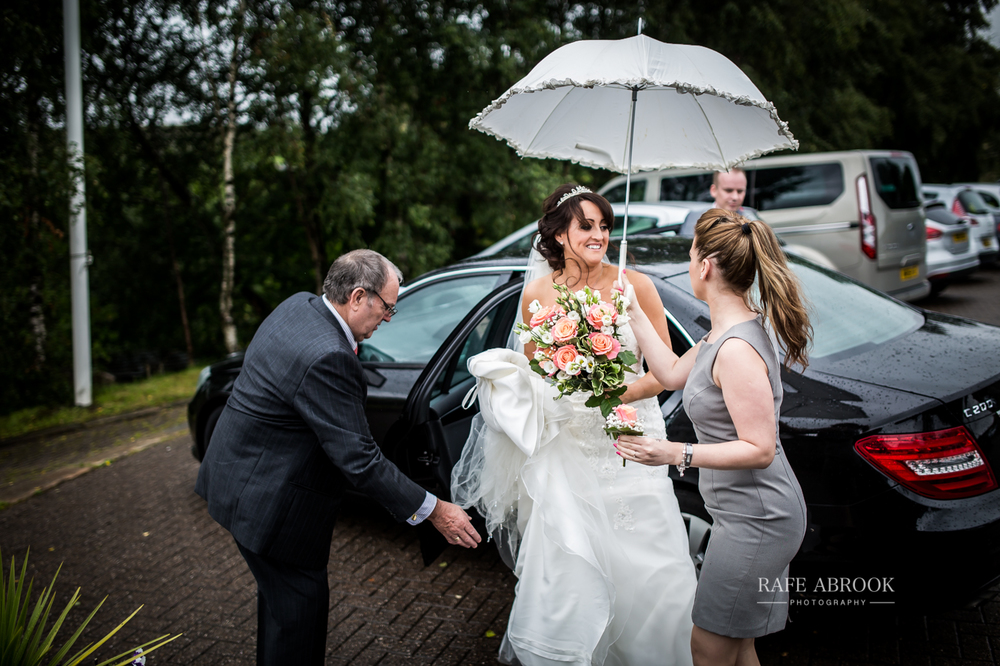 fishermans retreat ramsbottom lancashire bury hertfordshire wedding photographer-1123.jpg