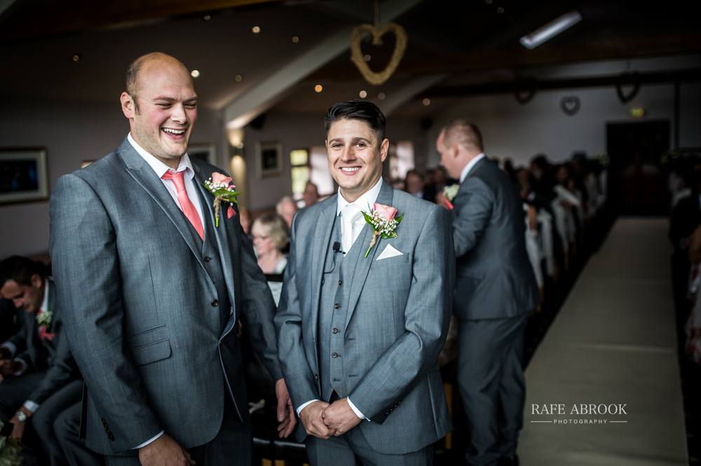 fishermans retreat ramsbottom lancashire bury hertfordshire wedding photographer-1127.jpg