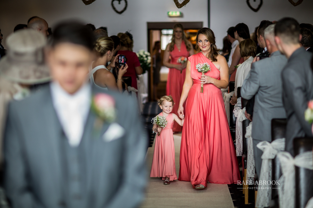 fishermans retreat ramsbottom lancashire bury hertfordshire wedding photographer-1140.jpg