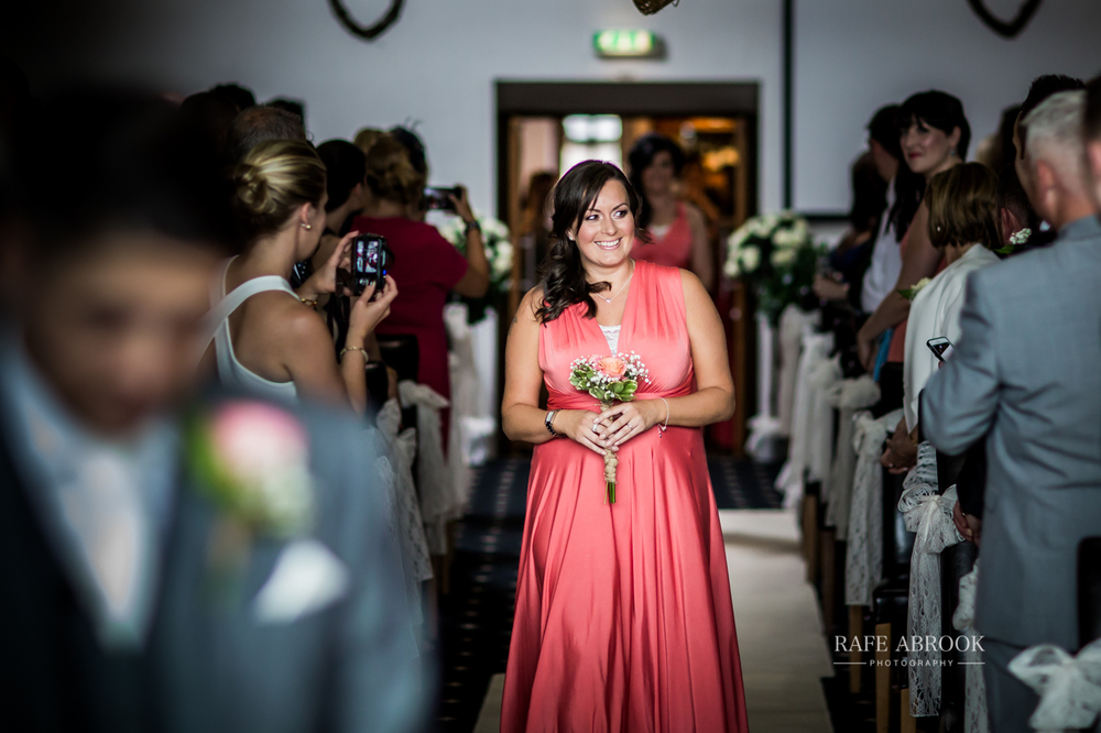 fishermans retreat ramsbottom lancashire bury hertfordshire wedding photographer-1143.jpg