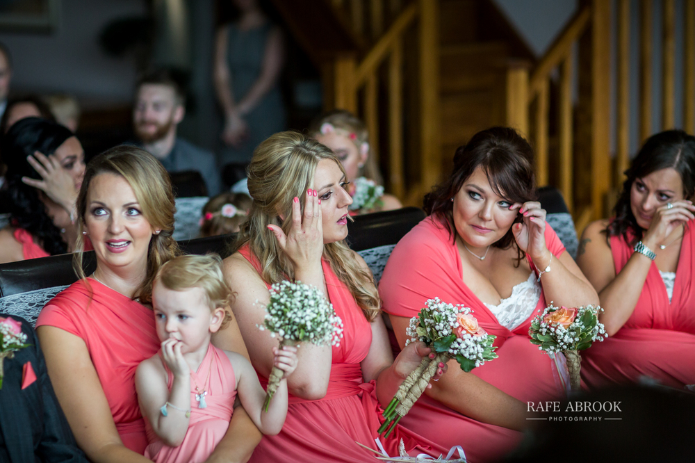 fishermans retreat ramsbottom lancashire bury hertfordshire wedding photographer-1189.jpg