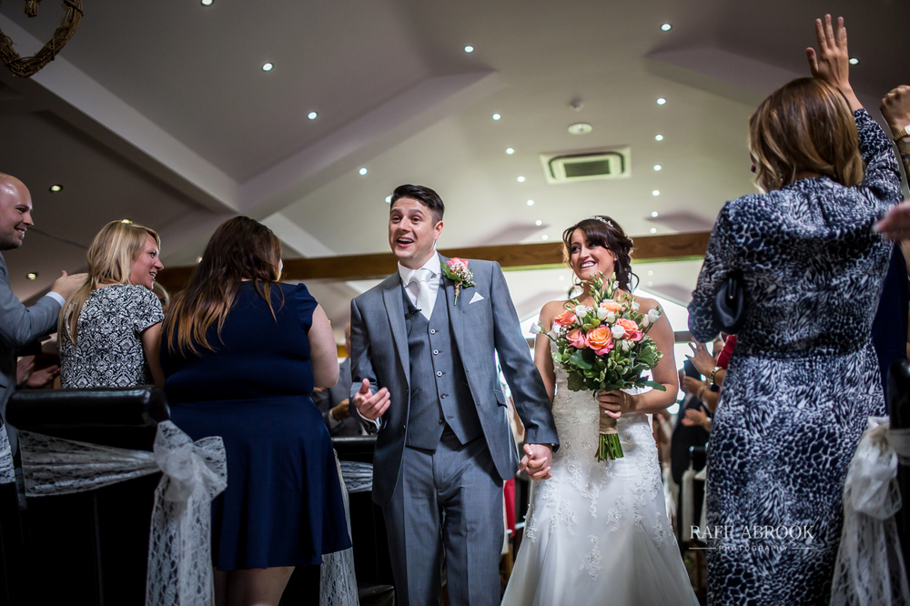 fishermans retreat ramsbottom lancashire bury hertfordshire wedding photographer-1223.jpg