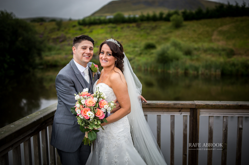 fishermans retreat ramsbottom lancashire bury hertfordshire wedding photographer-1387.jpg