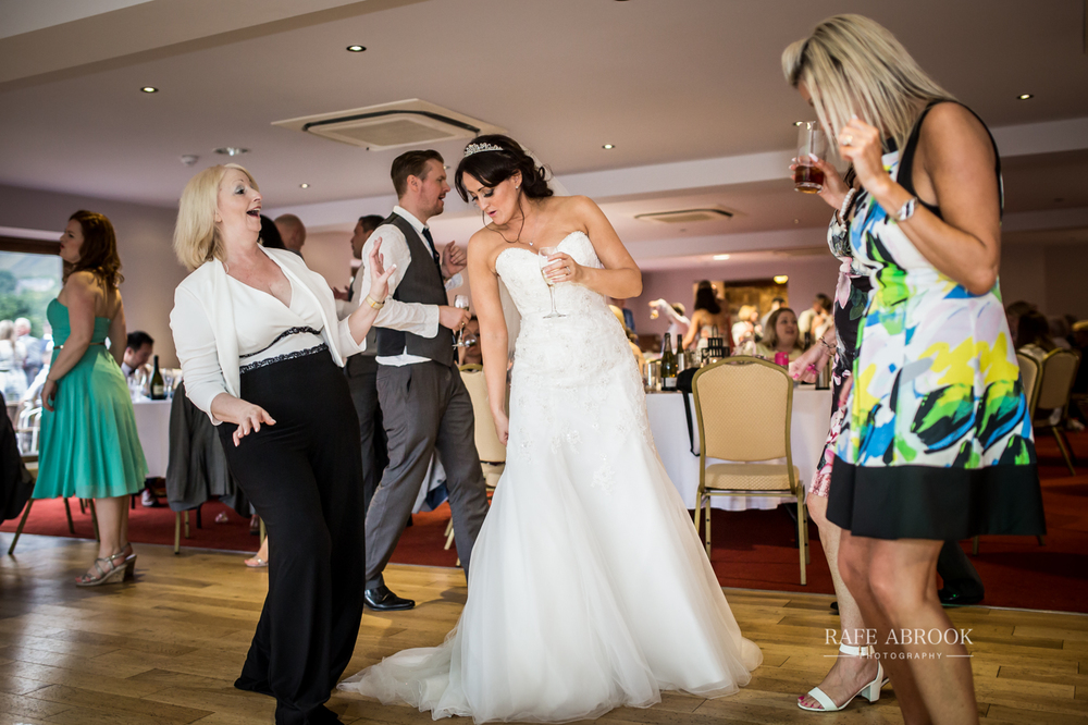 fishermans retreat ramsbottom lancashire bury hertfordshire wedding photographer-1425.jpg