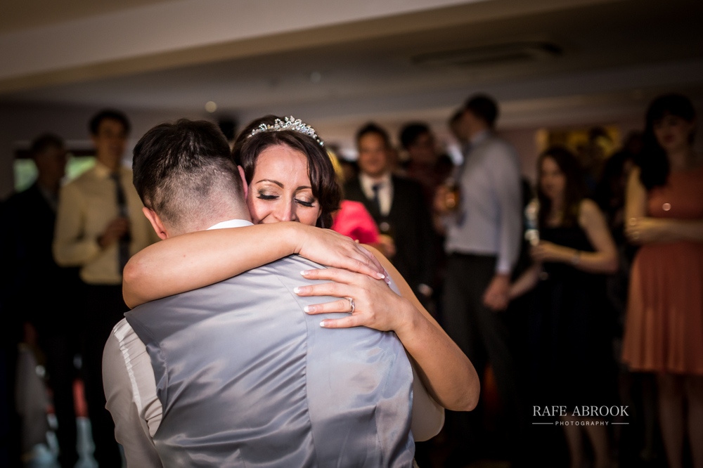 fishermans retreat ramsbottom lancashire bury hertfordshire wedding photographer-1438.jpg