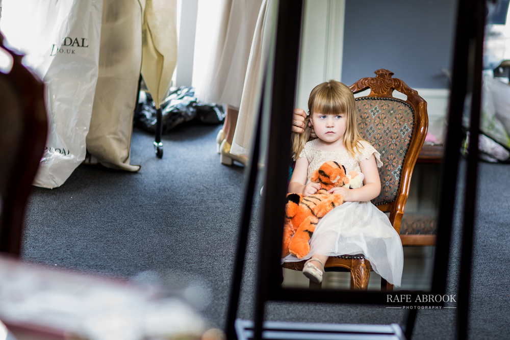 essendon country club wedding hertford hertfordshire wedding photographer-1056.jpg