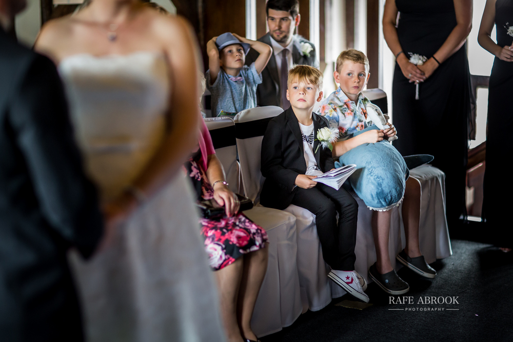 essendon country club wedding hertford hertfordshire wedding photographer-1123.jpg