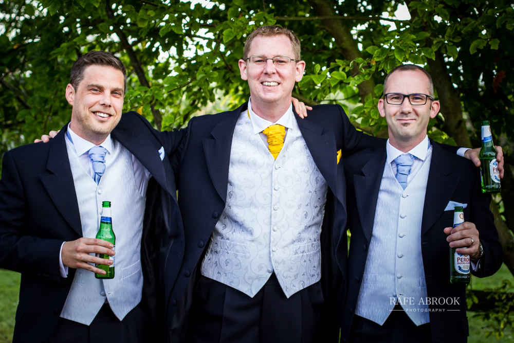 minstrel court wedding royston cambridge hertfordshire wedding photographer-1061.jpg