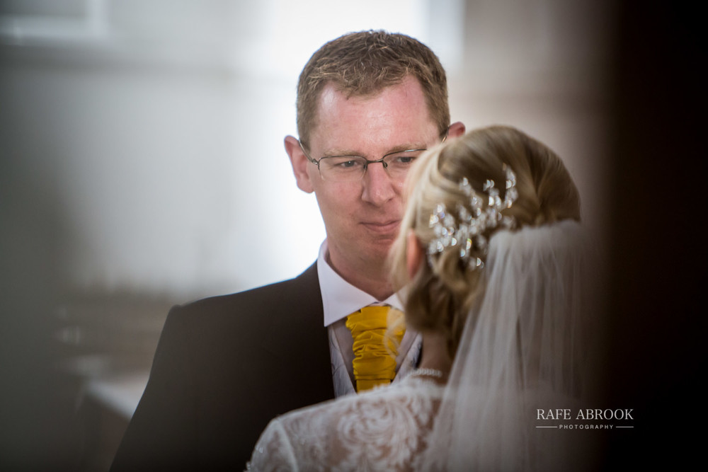 minstrel court wedding royston cambridge hertfordshire wedding photographer-1157.jpg