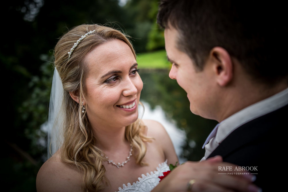 hitchin priory wedding hertfordshire wedding photographer-1350.jpg