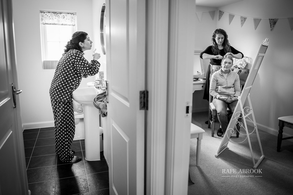 the priory barn wedding little wymondley hitchin hertfordshire wedding photographer-1054.jpg