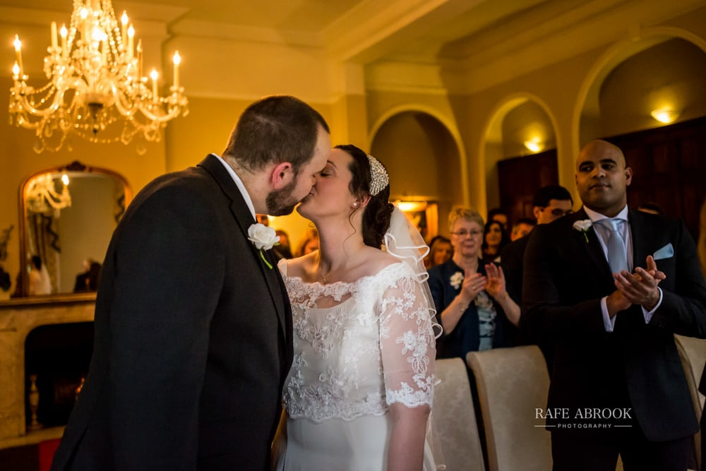 woodland manor hotel clapham bedford wedding hertfordshire wedding photographer-1093.jpg