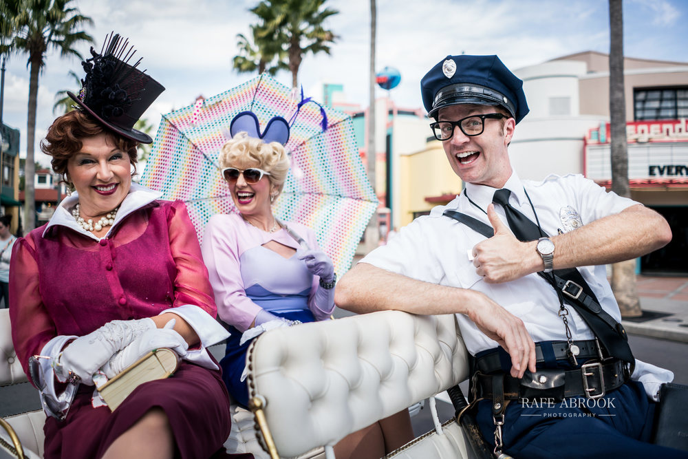 Street actors/actresses at Disney Hollywood Studios are hilarious and well worth seeking out