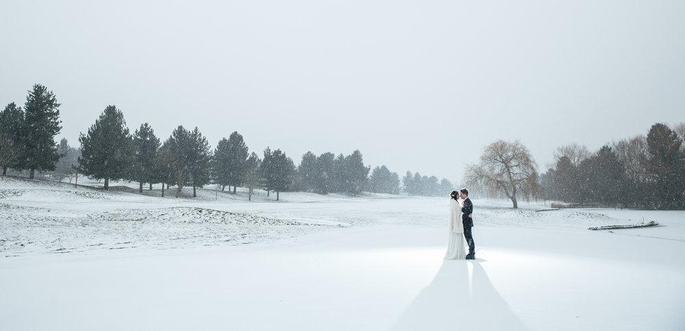 essendon country club snowy winter wedding hertford hertfordshire wedding photography rafe abrook photography-1005.jpg